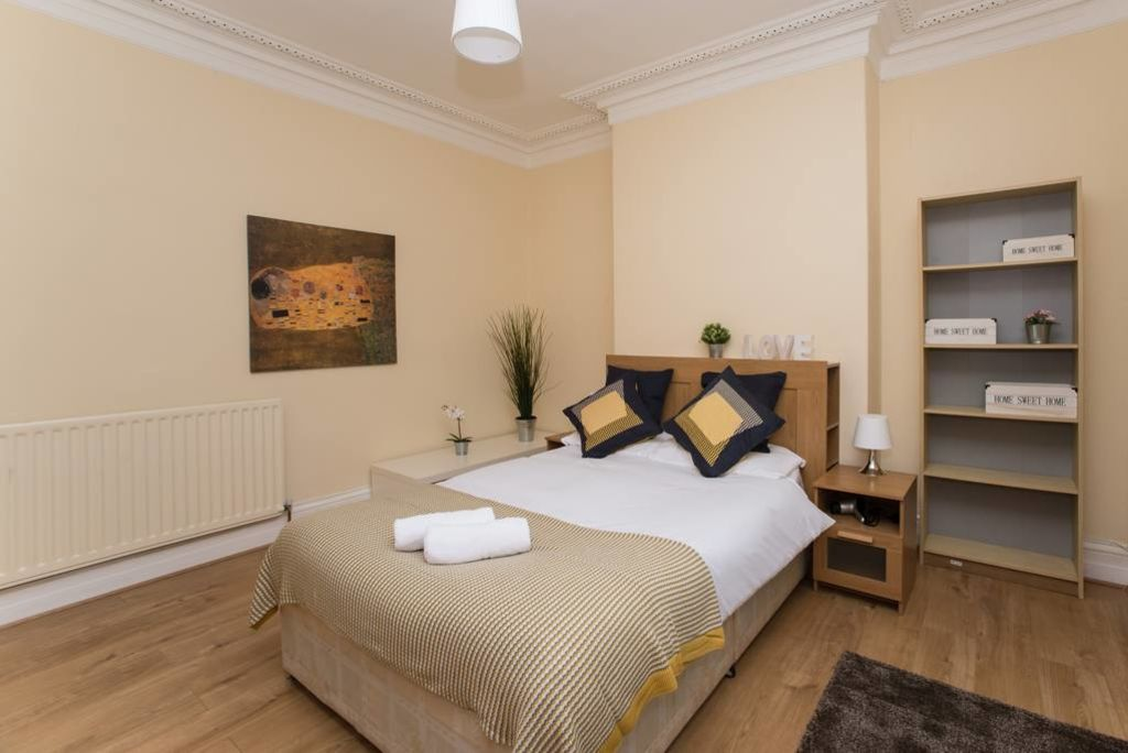 image 1 furnished 2 bedroom Apartment for rent in Gateshead, Tyne and Wear