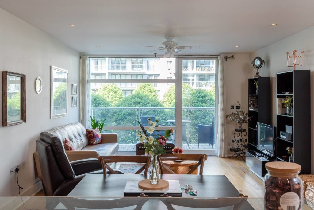 image 1 furnished 2 bedroom Apartment for rent in Vauxhall, Lambeth