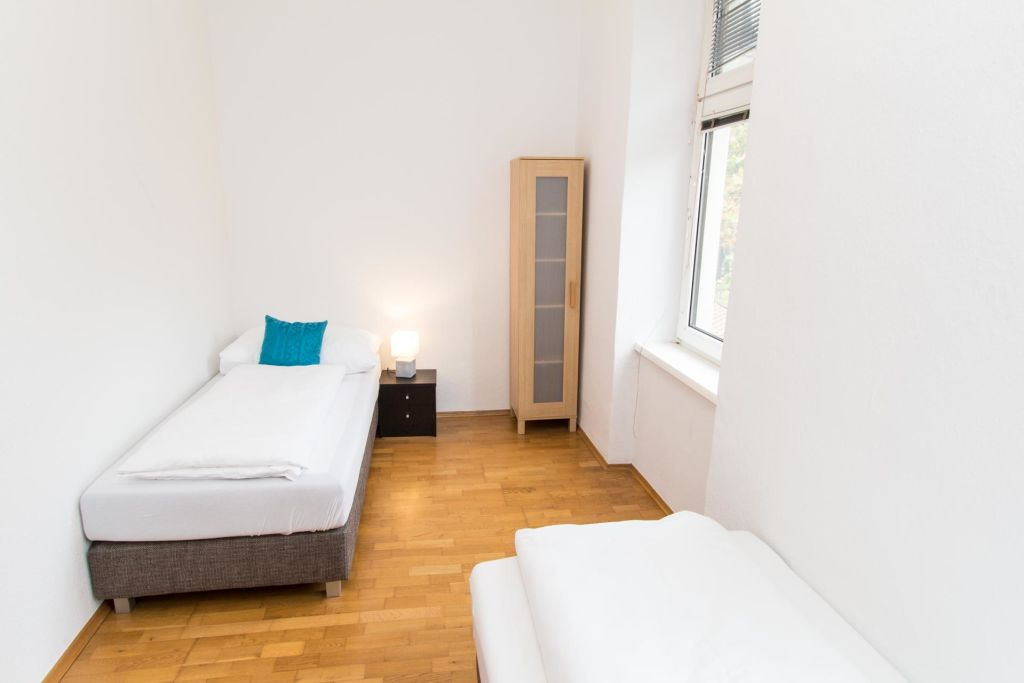 image 6 furnished 3 bedroom Apartment for rent in Ottakring, Vienna