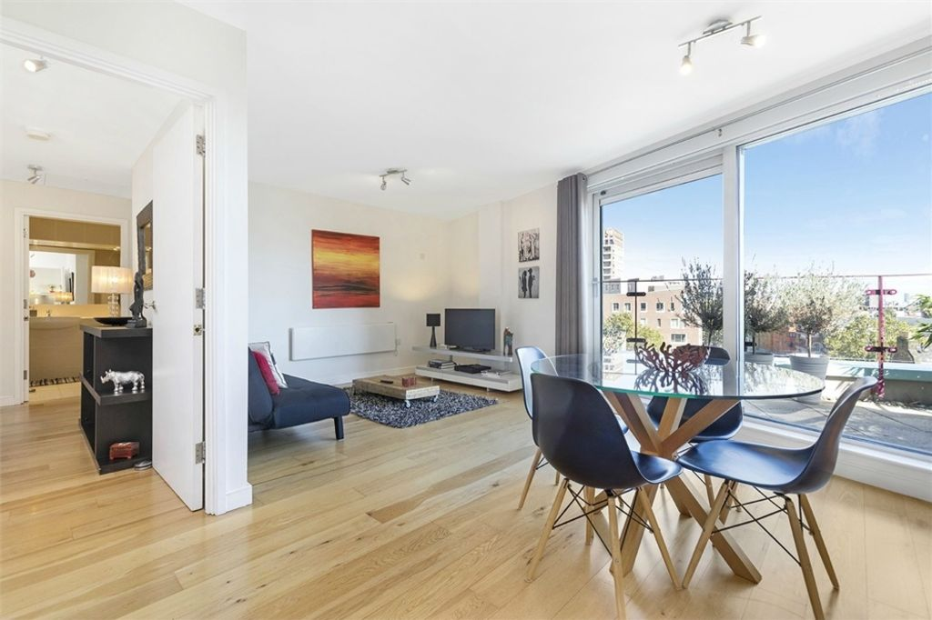 image 1 furnished 1 bedroom Apartment for rent in Walworth, Southwark