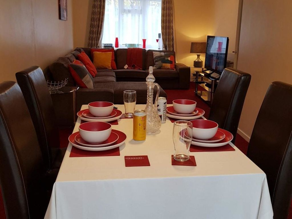 image 4 furnished 4 bedroom Apartment for rent in Luton, Bedfordshire