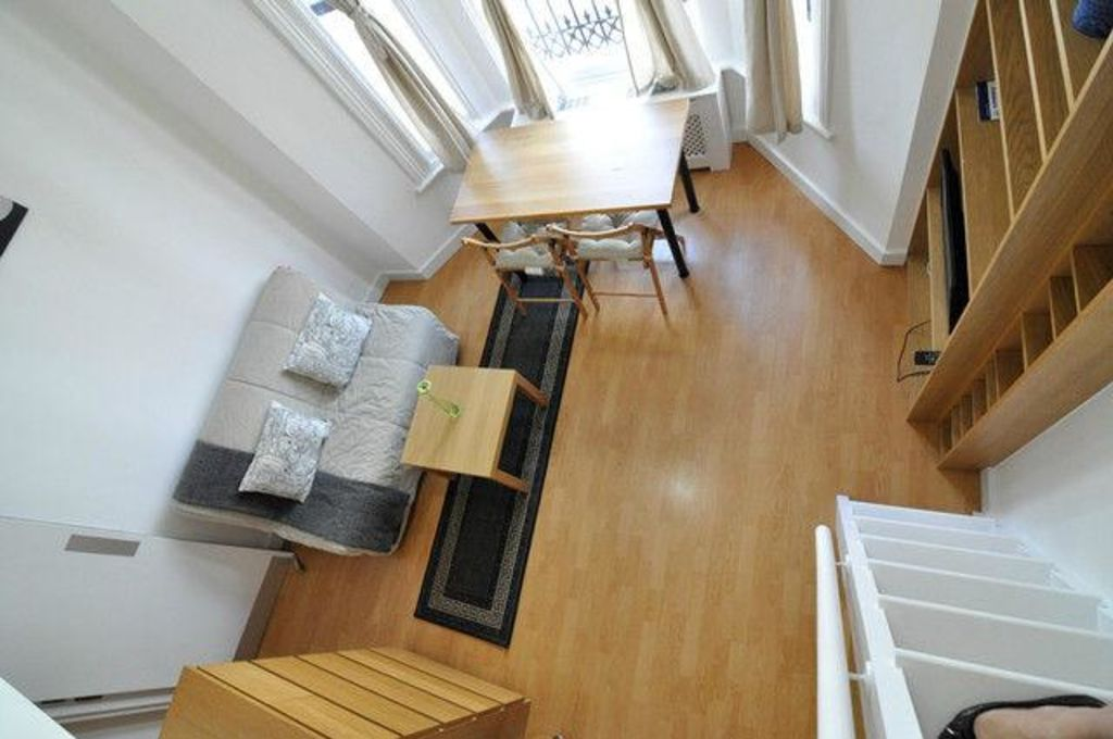 image 1 furnished 1 bedroom Apartment for rent in North End, Bexley