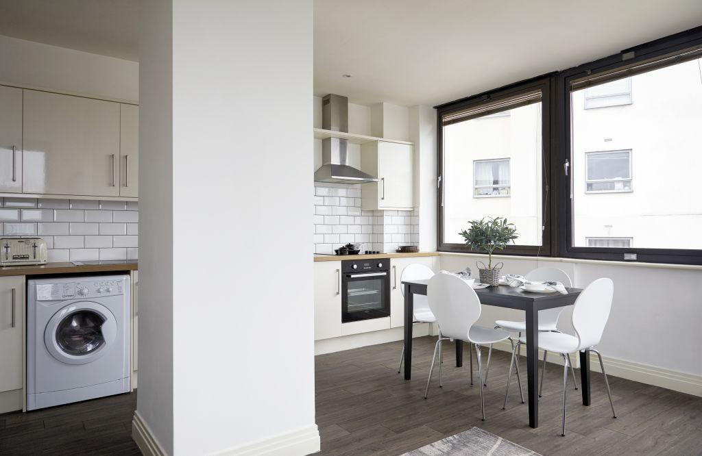 image 5 furnished 2 bedroom Apartment for rent in Watford, Hertfordshire