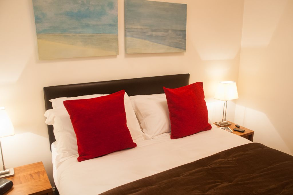 image 3 furnished 1 bedroom Apartment for rent in Windsor and Maidenhead, Berkshire