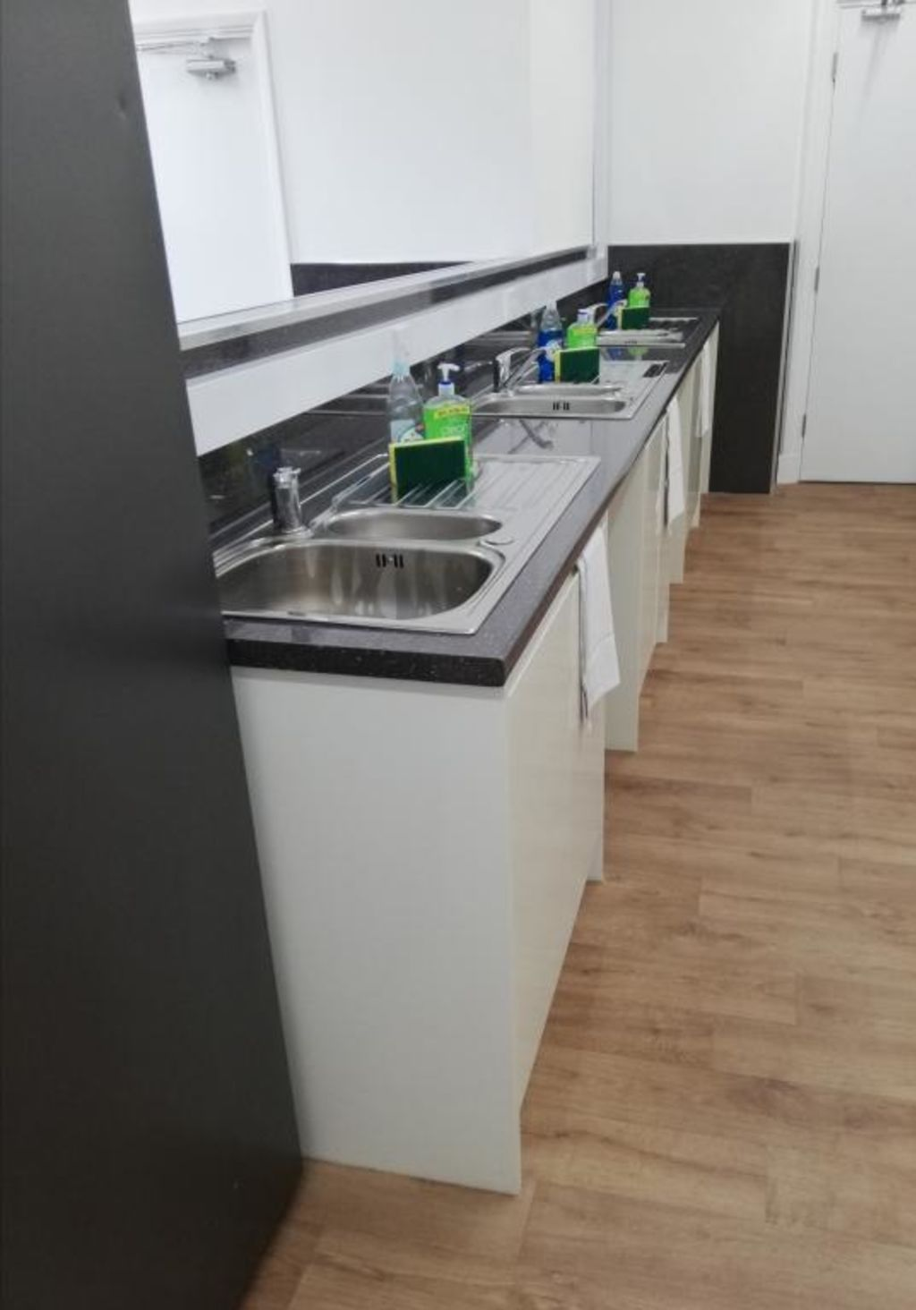 image 3 furnished 1 bedroom Apartment for rent in Kingston upon Hull, East Riding