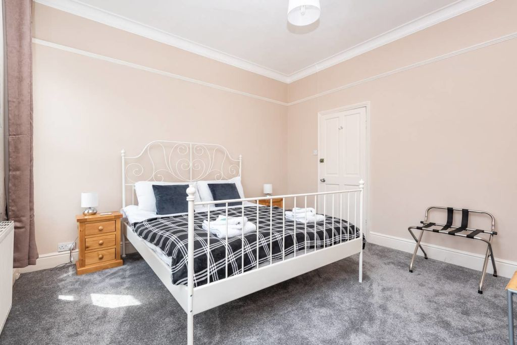 image 10 furnished 3 bedroom Apartment for rent in City of York, North Yorkshire NE