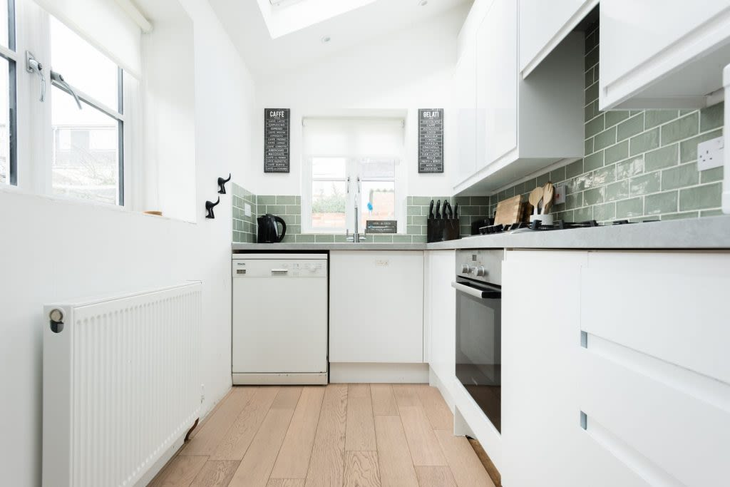 image 5 furnished 3 bedroom Apartment for rent in Oxford, Oxfordshire