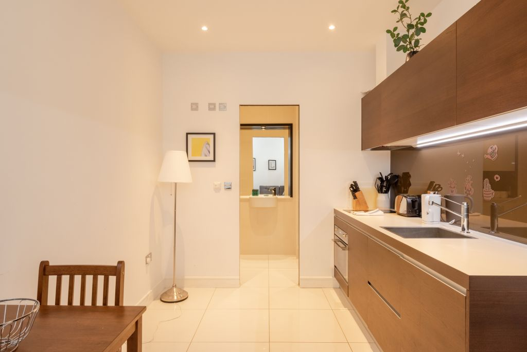 image 5 furnished 1 bedroom Apartment for rent in Kings Cross, Camden