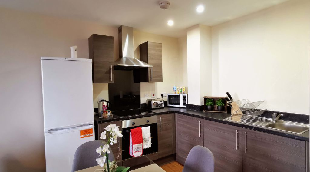 image 5 furnished 2 bedroom Apartment for rent in Longford, Hillingdon