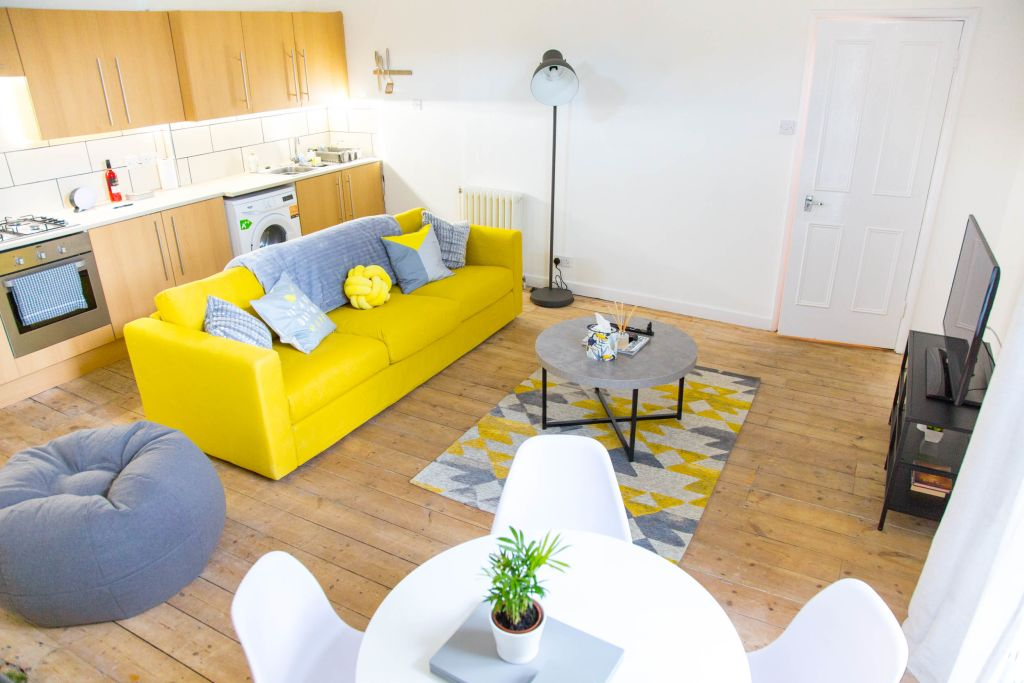 image 9 furnished 2 bedroom Apartment for rent in Dalston, Hackney