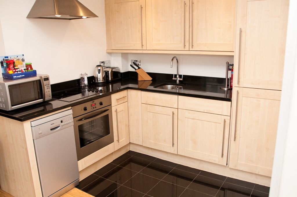 image 5 furnished 1 bedroom Apartment for rent in Tower, City of London