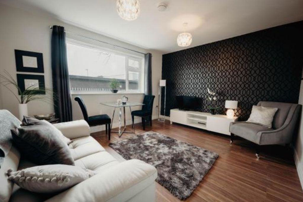 image 1 furnished 2 bedroom Apartment for rent in Hinckley and Bosworth, Leicestershire