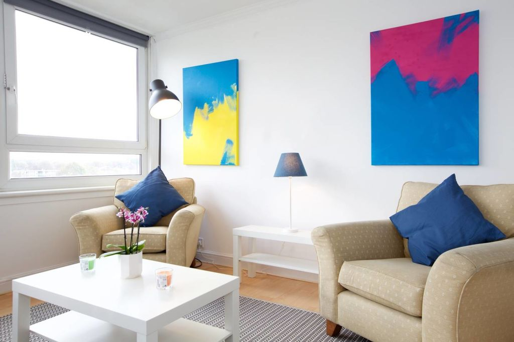 image 4 furnished 3 bedroom Apartment for rent in Newington, Southwark