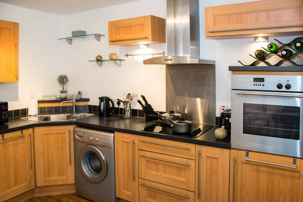 image 2 furnished 2 bedroom Apartment for rent in Derby, Derbyshire
