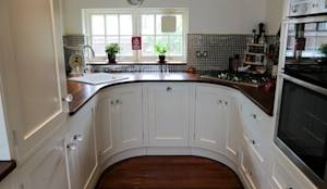 Small Kitchen Ideas: Country Kitchen by Oliver's Kitchens