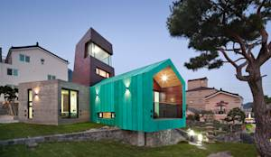 TOWER HOUSE: ON ARCHITECTURE INC.의 아시아틱 주택