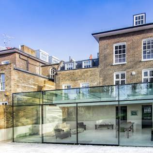 Barnes, London: Culmax Glass Box Extension : Modern conservatory by Culmax