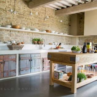BioMalta RAL 7010 Grigio Tenda : Rustic style kitchen by Marcello Gavioli