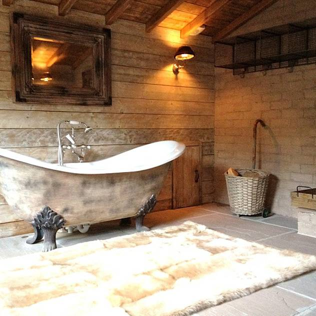 Fletcher's Cottage Bathroom : Spa in stile rustico di