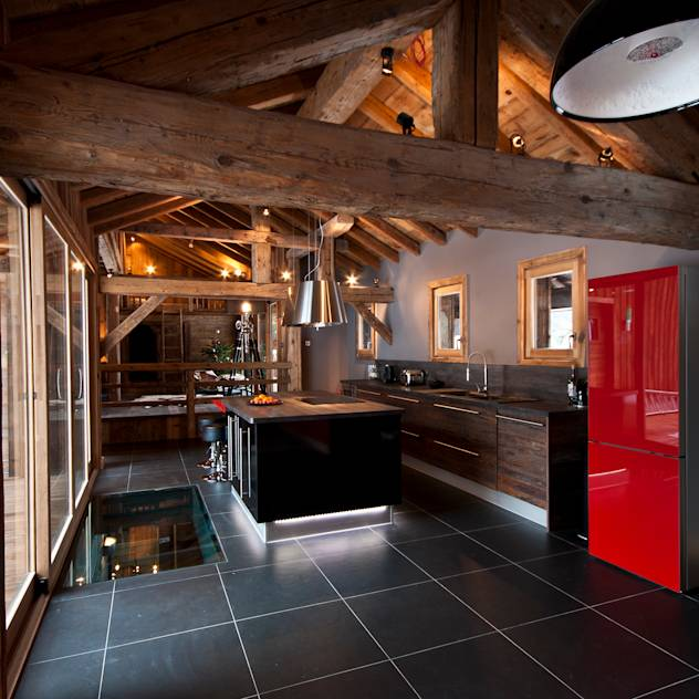 Chalet de Claude: cuisine : Country style kitchen by shep&kyles design