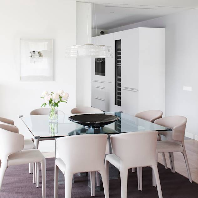 Comedor : Minimalist dining room by A! Emotional living & work