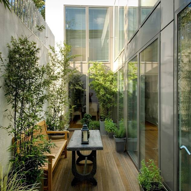 Jardines modernos de Groves Natcheva Architects