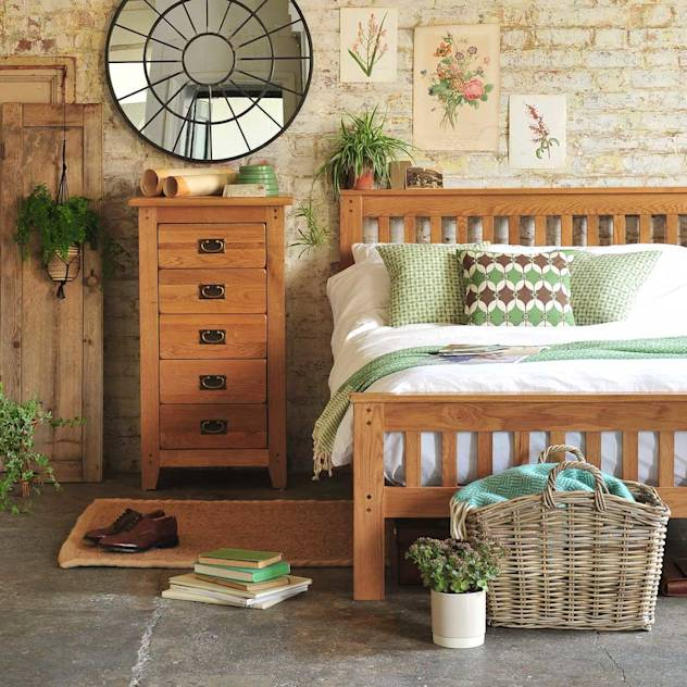 Oakland Bedroom Collection : Quartos campestres por The Cotswold Company