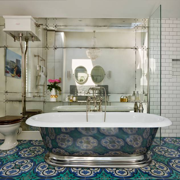 Victorian Terrace House, South-West London: Classic Bathroom by Drummonds