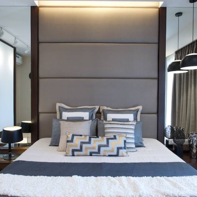 AS Apartment : Modern bedroom by Atelier Design N Domain