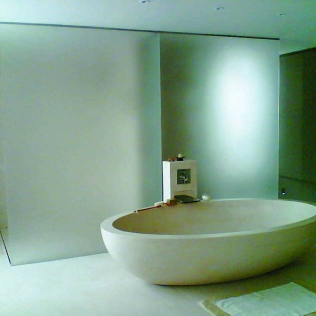 Sandblasted bathroom screen : Modern bathroom by Ion Glass