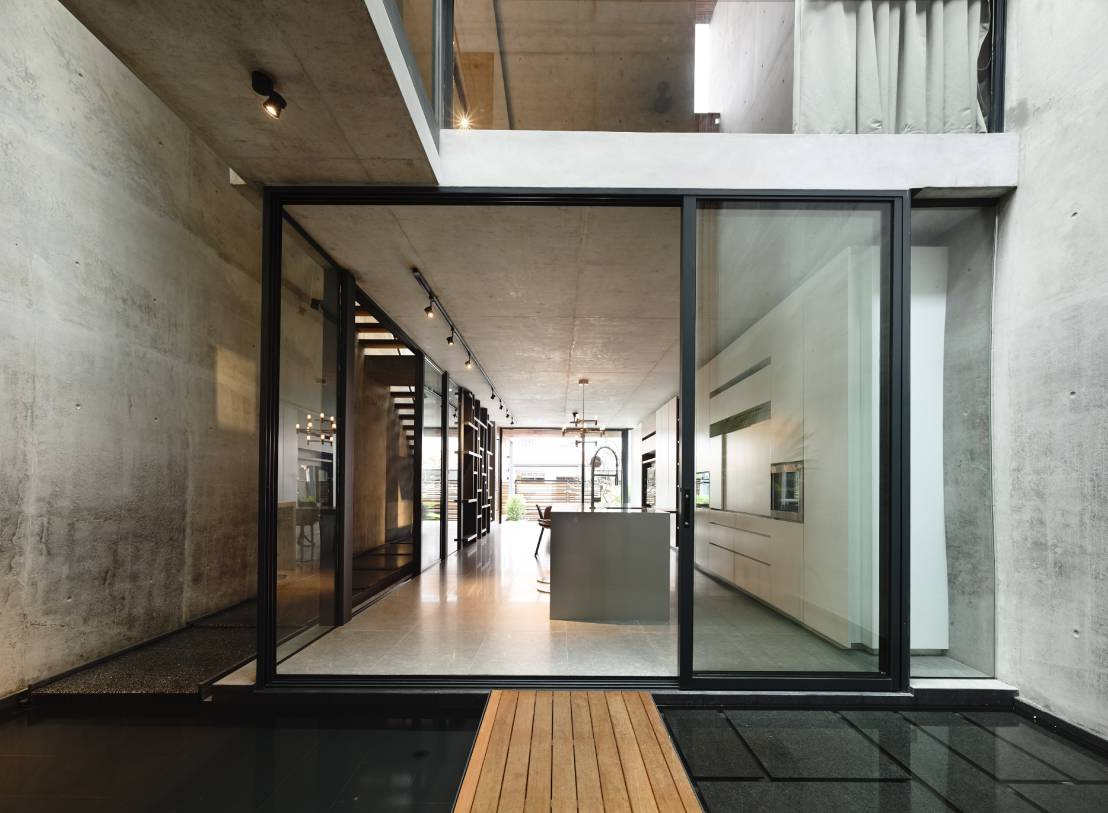 Een huis gemaakt van licht for The terrace house book