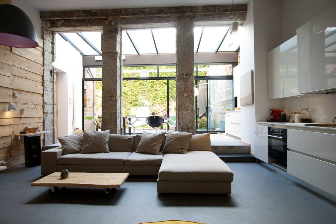 Homify 360 un loft moderne et urbain for Image salon contemporain