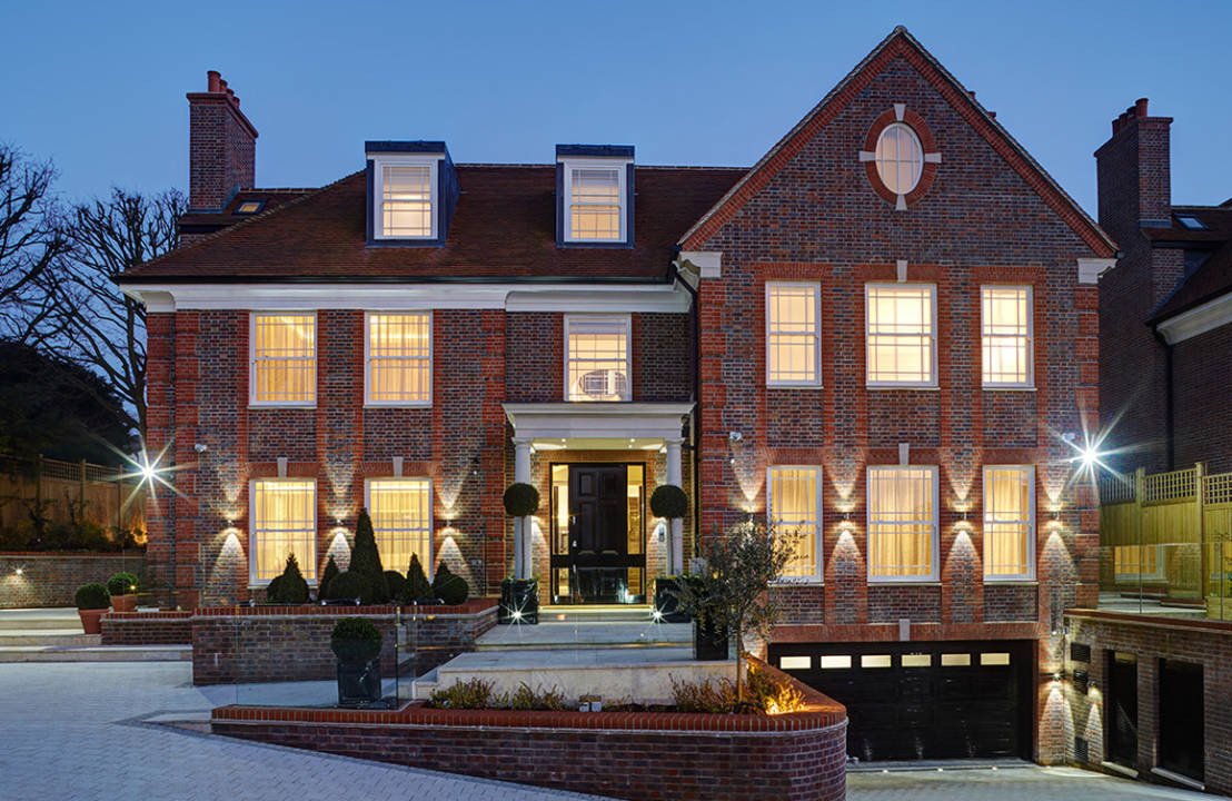 An Opulent North London Mansion