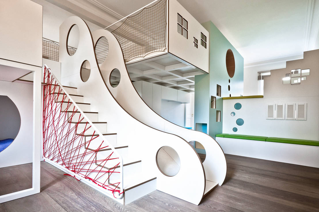Fantastically fun indoor slides for Moderne kinderzimmer