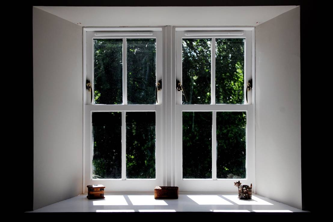 Country Style Windows : Interior design for a period home