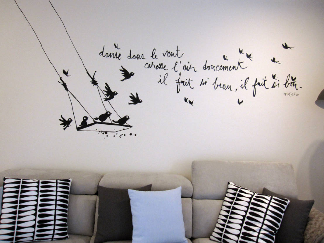 Idee creative low cost per arredare un piccolo appartamento - Decoracion vinilos salon ...
