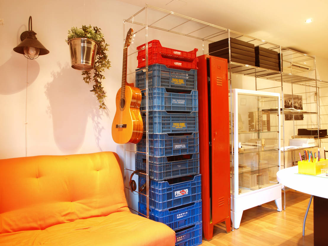 8 space saving ideas for studio apartments - Space saving for small apartments concept ...