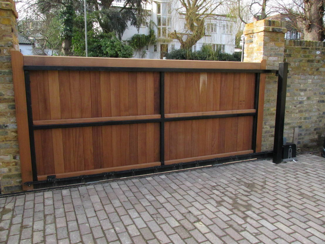 Sliding driveway gates for Building a sliding gate for a driveway