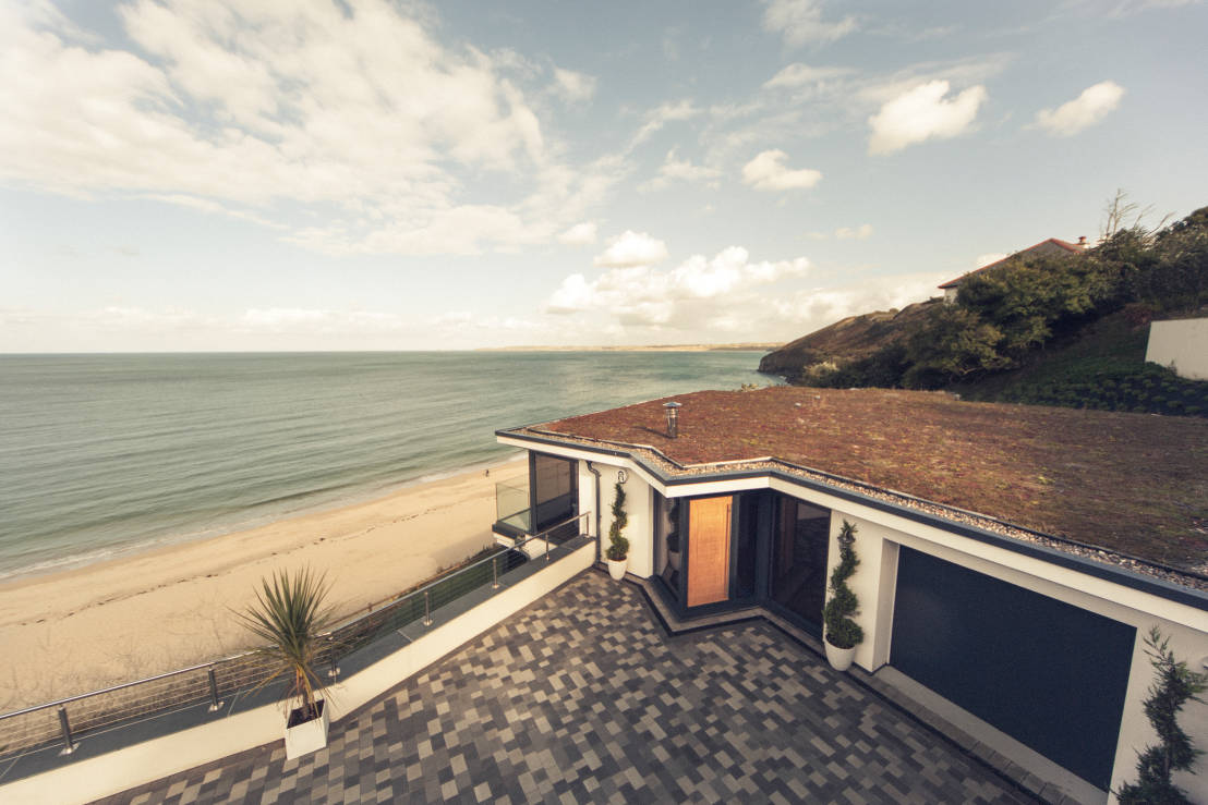 This cornish beach house is a breath of fresh air - Location de vacances cornwall laurence associates ...