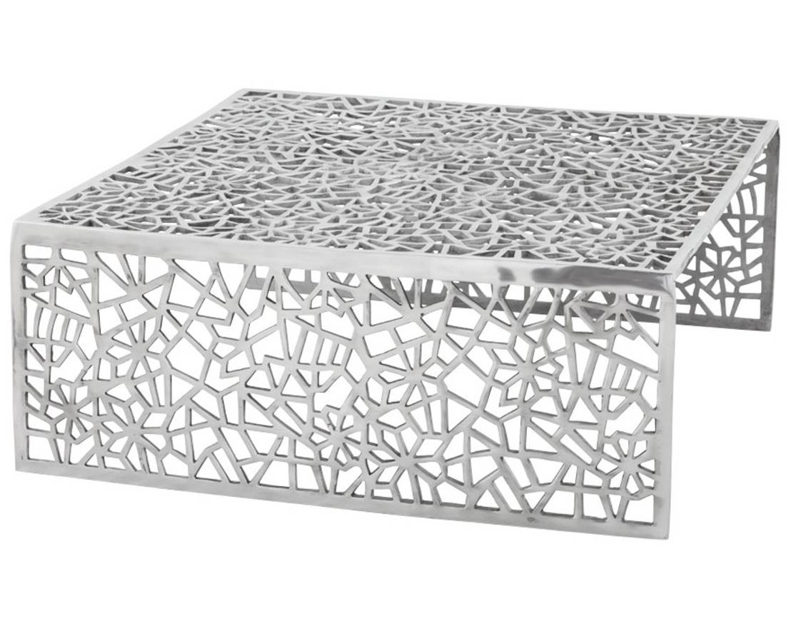 Table basse design en aluminium poli - Clive : Canapés & tables basses par GdeGdesign