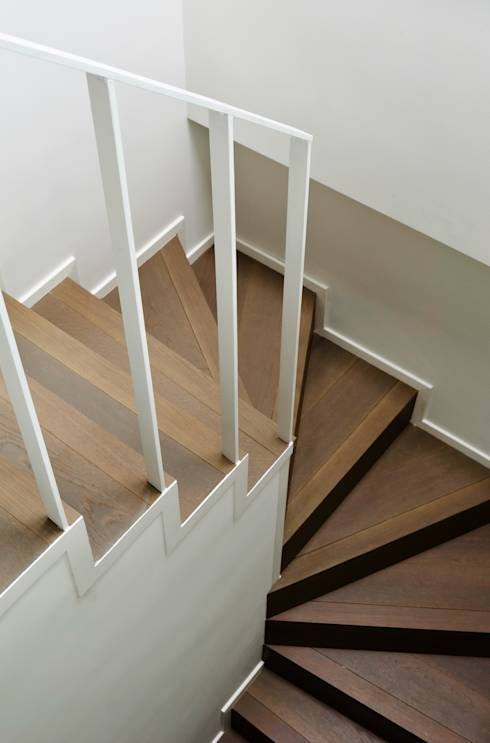 Renovating your wooden stairs isn 39 t so tough - Tinteggiare il bagno ...