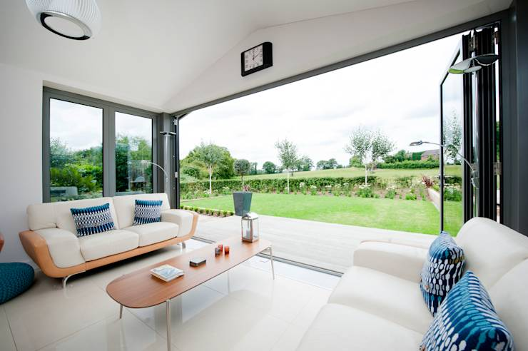 21 hugely inspiring small british home extensions for Living room extension ideas