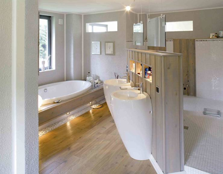 Baño De Tina Romantico:Bathroom Flooring