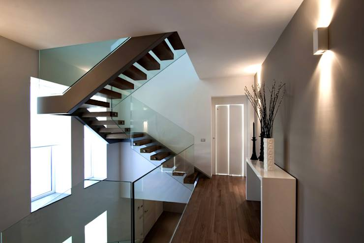 8 escaleras de ensue o para casas modernas for Escalera 8 metros