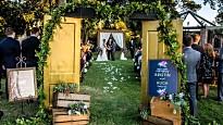 Recommended event creative picture for Deana Spyres/Don Kreutzweiser - Tulsa, OK