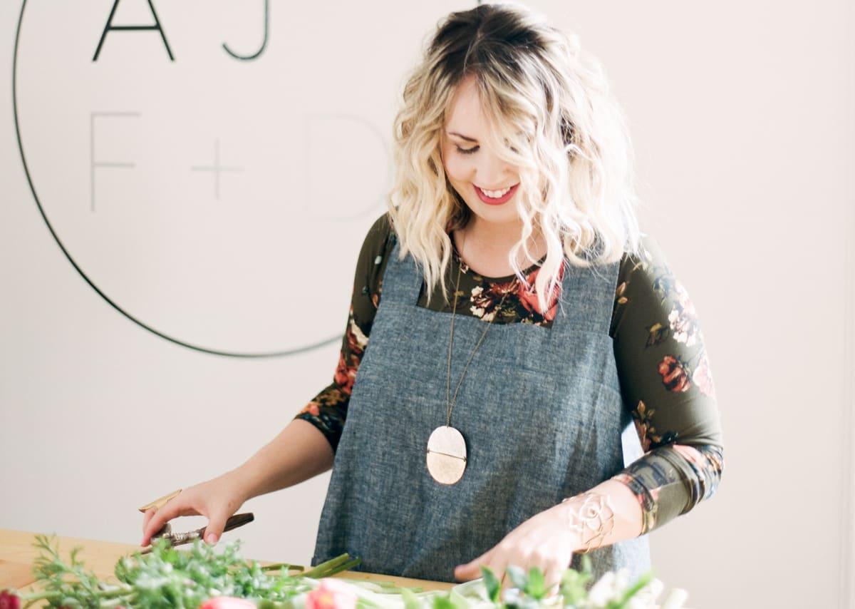 HoneyBook Member Spotlight: Amanda Jewel, Florist and Event Designer