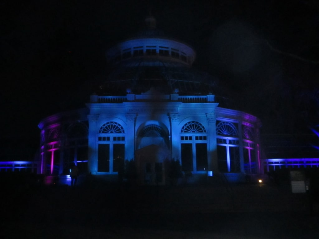 "Light Up Your Life With New York Botanical Garden's Outdoor Installation ""GLOW"""