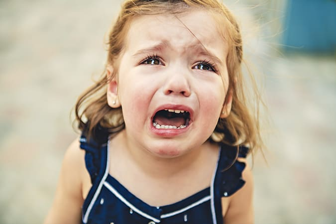 little girl crying toddler emotions