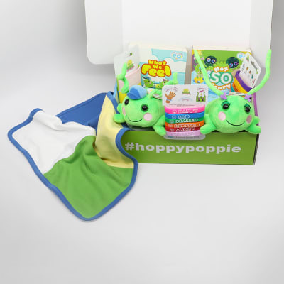Gift set with hoppy, Poppie, Not So Scary, What We Feel, Patoo Blanket, and the wristbands