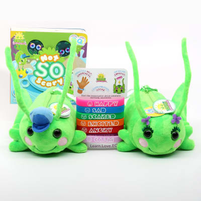 Gift set with hoppy, Poppie, Not So Scary and the wristbands